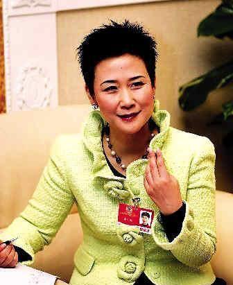 李小琳说:我跟父亲学到坚定负责